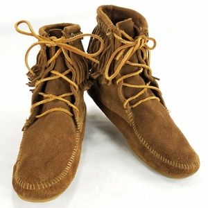 Minnetonka Womens Brown Leather Suede Boots Shoes